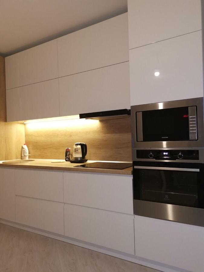 Белый кухонный гарнитур-Кухня МДФ в эмали «Модель 144»-фото4