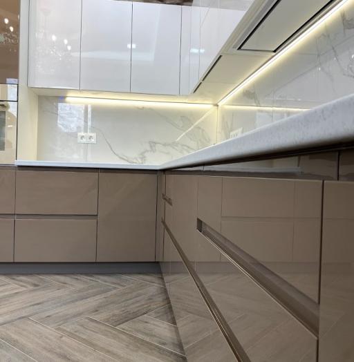 Белый кухонный гарнитур-Кухня МДФ в эмали «Модель 565»-фото7